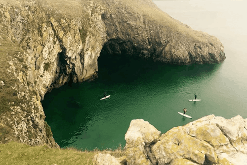 places to paddle board